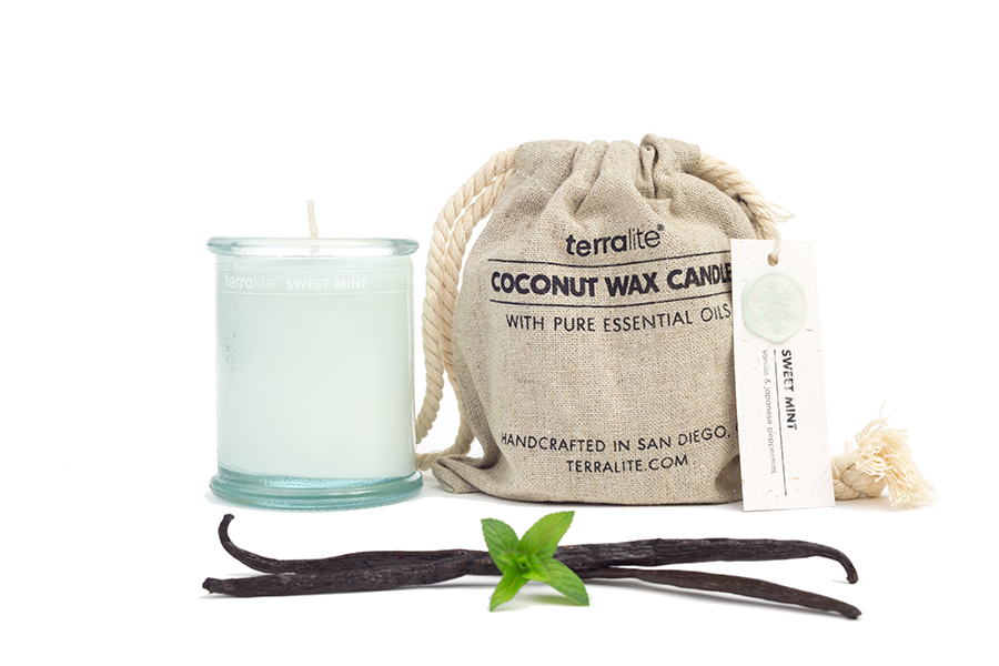 COCONUT WAX CANDLES - SWEET MINT {small glass}