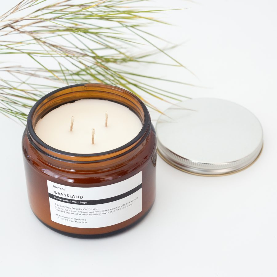 GRASSLAND Essential Oil Candle with natural coconut wax, lemongrass and wild sage essential oils - 16oz