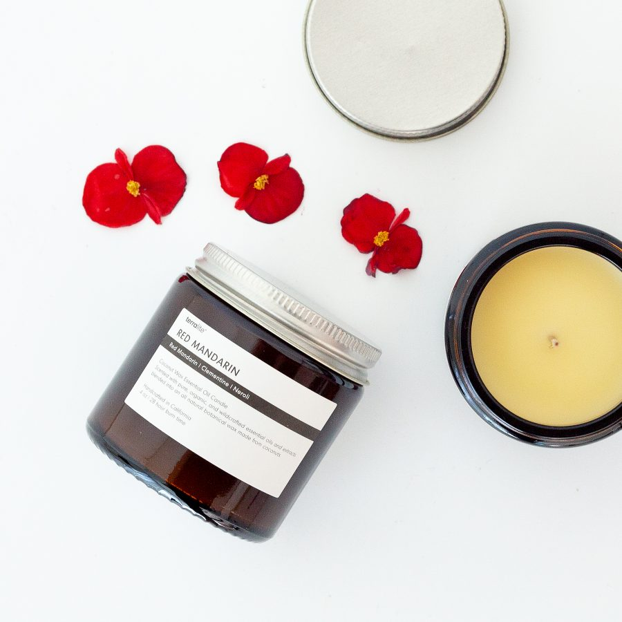 RED MANDARIN Essential Oil Candle with natural coconut wax and red mandarin, clementine and neroli essential oils. 4oz.