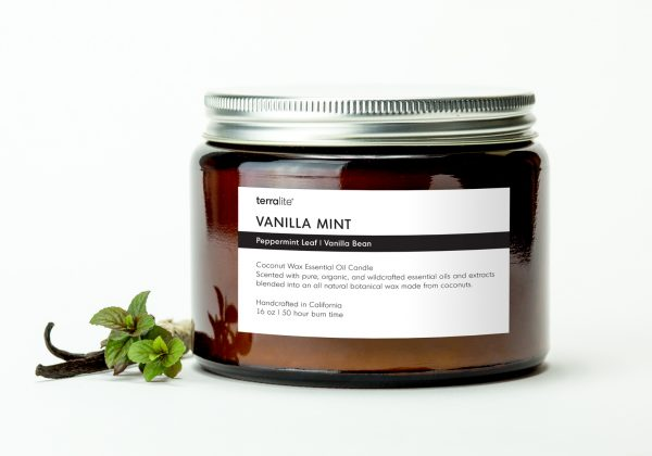 VANILLA MINT {tri-wick} Coconut Wax Essential Oil Candle with vanilla and peppermint leaf essential oils