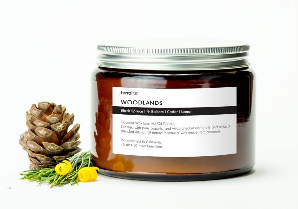 WOODLANDS {tri-wick} Coconut Wax Essential Oil Candle with spruce, fir balsam, cedar and lemon essential oils